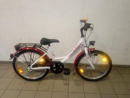 95 € Pegasus, weiß/rot
