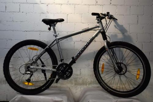 €400 Cannondale, silber