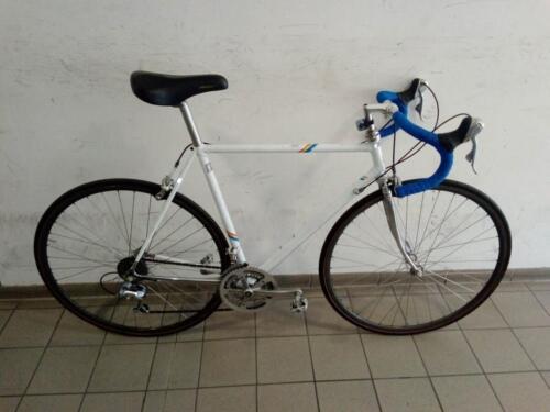 580€ Rennrad, weiß